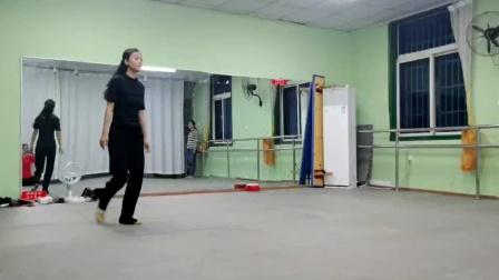 舞蹈滚滚红尘分解动作一,喜欢的来阜阳艺路舞蹈
