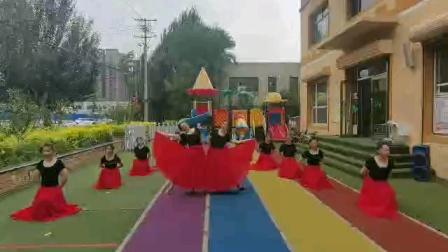沈阳小白老师为某幼儿园编排的开场舞【我和我的祖国】