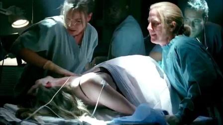 未孕女人却生下一子,婴儿迅速长成大人,几小时后到80岁老死了