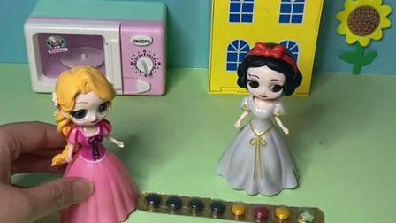 趣味玩具:白雪请她的好朋友吃巧克力豆