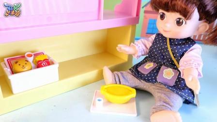 小猪佩琪的美食广场过家家玩具
