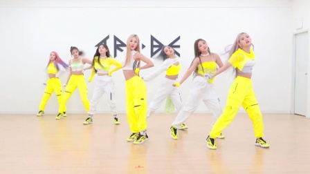 TRI.BE 小姐姐新曲热歌 舞蹈练习室
