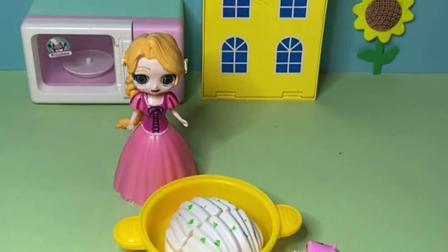 趣味玩具:猪妈妈整容了,佩奇乔治都认不出来了。