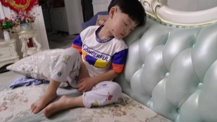 陈罗思航这样睡觉