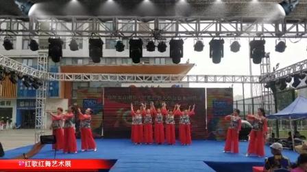 舞台表演《太阳最红毛主席最亲》经典歌曲串烧,红歌红舞献祖国