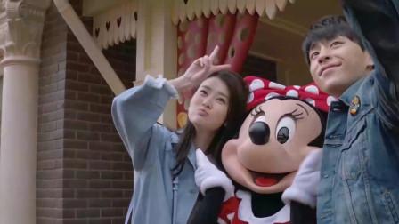 欢乐颂:乔欣跟邓伦实在太般配了,迪士尼一顿秀恩爱,齁死了