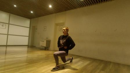 1个动作瘦全身,1天30次,胜过跑步3000米,21天减肚子减大腿!