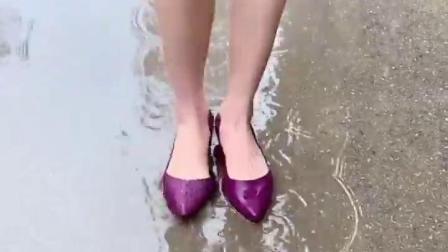 回头率超高的雨鞋,下雨天也能优雅的上班和逛街了