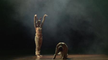 壮族舞蹈《天地灵跃》 ,彰显鹿的动态和大自然和谐之美