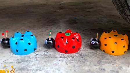 把七星瓢虫玩具、饮料等放在车轮下碾压,看着好解压