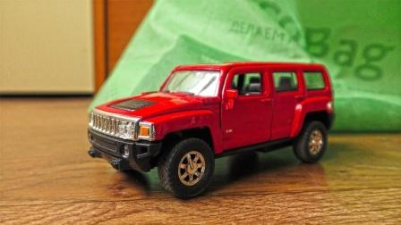 彩色轿车越野车金属汽车玩具展示
