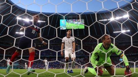 欧洲杯-法国队1-0击败德国,胡梅尔斯乌龙拉比奥特中柱
