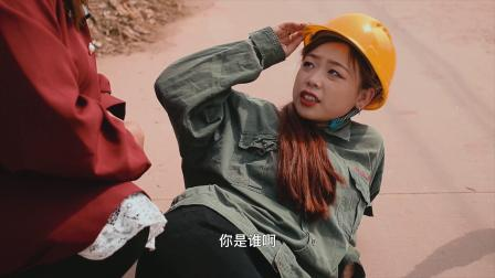富家女下乡考察,不料晕倒在路边,农村大妈的做法让人称赞