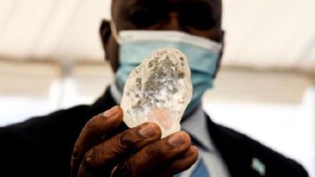 1098克拉!世界第三大钻石被发现