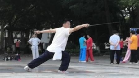习练三十二式太极剑,韶关太极