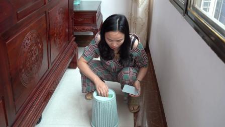 这个镂空垃圾桶,超级实用,方便不脏手