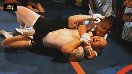 拳手犯规不听口令, 裁判二话不说,直接裸绞降服