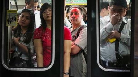 北京地铁一天可以运走一个纽约