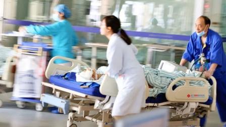 大爷吃两口粽子后被紧急送进ICU 医生一检查:食道破裂