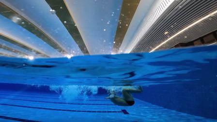 中游体育:自由泳滚翻转身的五个学习步骤