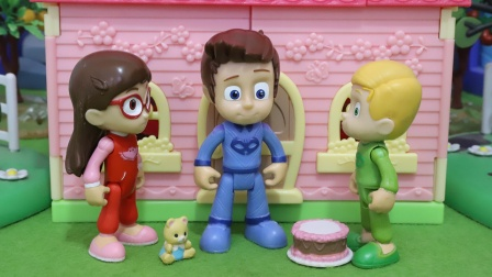睡衣小英雄:被遗忘的生日玩具故事