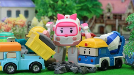 变形警车救援队,米奇搅拌车生病了,翻斗车邓普来帮忙运送水泥。