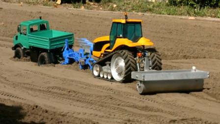 趣味益智玩具 展示各种农用汽车在农场工作