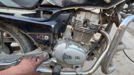 摩托车的火花塞经常坏什么原因?师傅教你一招,修好后再不怕坏了