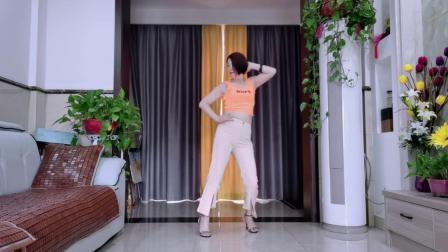 火爆流行64步网红广场舞《Susy gala》