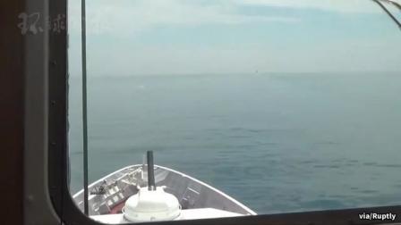 俄方公开新视频:俄方发出警告后,舰炮连续三次开火。