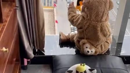 现在的熊孩子太幸福了,什么玩具都有