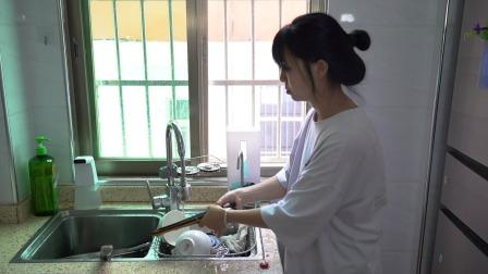 可以消毒的壁挂筷子筒,除湿消毒防尘防油污,方便实用