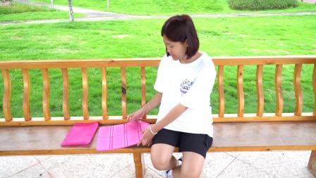 有了这个折叠防潮坐垫,出门在外走累了, 随时随地都能休息