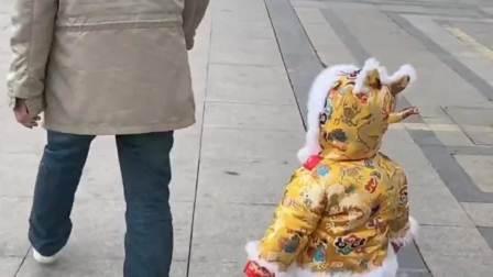 这就是爸爸带的娃啊,人类幼崽到底有多可爱