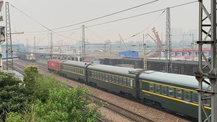 电客Z376宿州站两道通过,会车32071