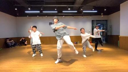 舞时舞刻万宝城校区|少儿urban初级教学课堂视频
