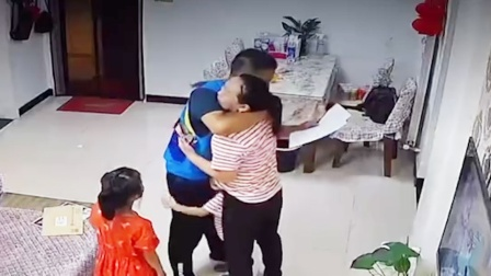 河南一41岁快递员自学考上研究生:想成为孩子们的榜样