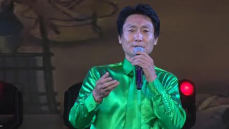 郑州市豫剧院国家一级演员张海龙演唱戏歌《河南人爱哼梆子腔》