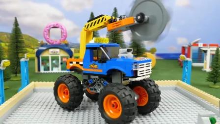 少儿玩具:赛车比赛,输了就拆掉。