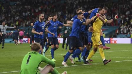 欧洲杯 意大利点球4比3战胜英格兰 夺得2020欧洲杯冠军  3D效果