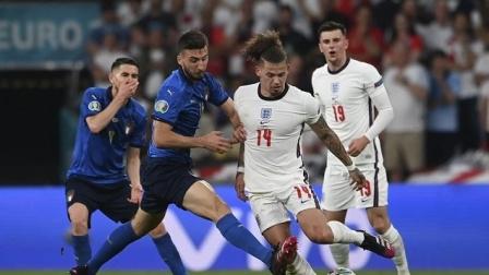 意大利点球4-3战胜英格兰夺冠 拉什福德桑乔萨卡失点