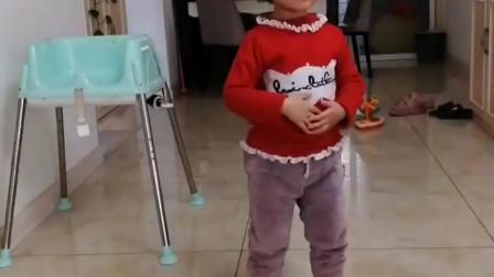 趣味童年:宝贝想要糖果是有条件的