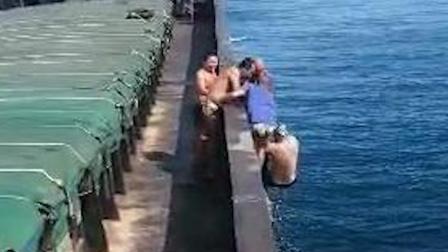 惊险!六旬男子文昌海域游泳遭遇海流,独自漂流20多个小时