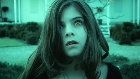 小萝莉意外变成吸血鬼,永远都长不大,绝望的她只能自杀!