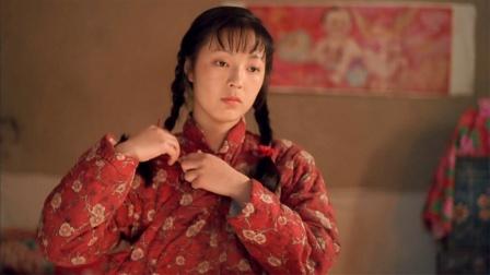 被低估22年的国产片,通篇都在脱衣服,却说透了中国人的人情冷