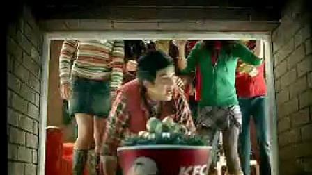 金世佳肯德基广告之圣诞缤纷桶