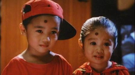 这部电影堪称童年阴影,多少人看完以后,不敢在家人面前抠耳朵!