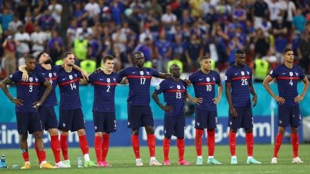 本届欧洲杯令人失望球员和球队(3D效果)