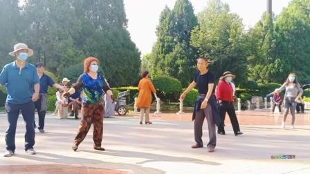 藏族锅庄舞视频(655)西宁麒麟湾公园130
