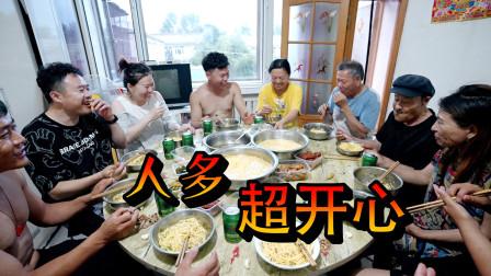 14个人的晚餐,天气热就吃过水碴条,整整4大盆,又好吃又凉爽
